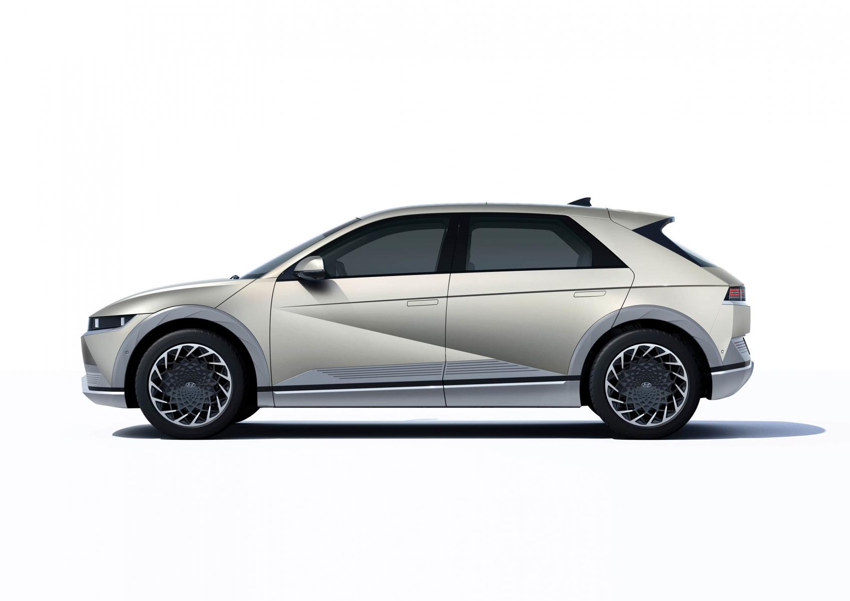 Hyundai IONIQ 5 переосмислює спосіб життя з електричною мобільністю | Богдан-Авто Запорожье - фото 12